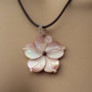 Carved Flower Pink Shell Leather Cord Necklace